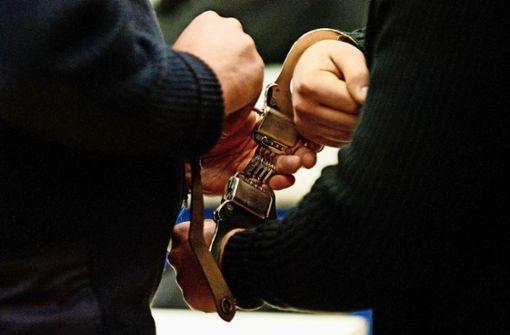 17-Jähriger nach vielen Straftaten in Untersuchungshaft