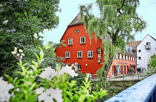Eine grundlegende Brandschutzkonzeption ist für das Kulturhaus Schwanen unabdingbar geworden. Foto: Jan Potente