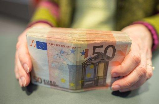 heidelberg falscher polizist erbeutet 7000 euro von. Black Bedroom Furniture Sets. Home Design Ideas