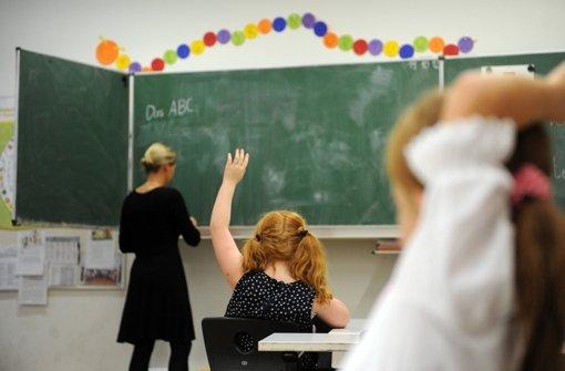 Bei den Lehrerstellen wird gespart Foto: dpa