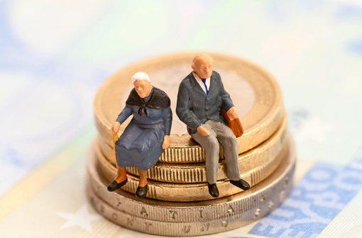 Die Betriebsrente soll für ein zusätzliches Polster im Alter sorgen. Doch bei der Auszahlung ärgern sich viele Rentner über die hohen Sozialabgaben Foto: Fotolia