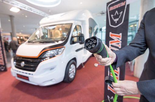 CMT in Stuttgart: Die Hersteller von Wohnmobilen experimentieren mit elektrischen Motoren. Unsere Bilderstrecke zeigt weitere Fahrzeuge und Trends der diesjährigen Reisemesse. Foto: Martin Stollberg