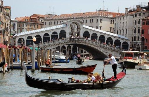 Venedigs neuer Bürgermeister sieht die Zukunft der Stadt allein im Tourismus. Foto: dpa-Zentralbild