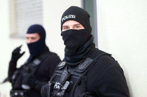 Polizei durchsucht auch Wohnungen in Stuttgart