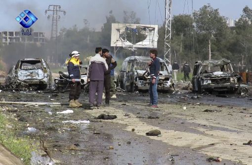 Weißhelme: Mindestens 100 Tote bei Anschlag auf Busse