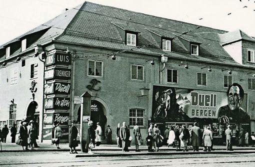 Im Alten Waisenhaus am Charlottenplatz befand sich nach dem Krieg ein Kino, was viele junge Stuttgarter  gar nicht wissen.  Von 1946 bis 1968 liefen hier Filme. Foto: Privatarchiv Colm