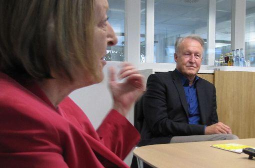 Claudia Moosmann will es werden, Roland Klenk will es bleiben: die wichtigste Person in der Verwaltung von Leinfelden-Echterdingen. Foto: Judith A.Sägesser