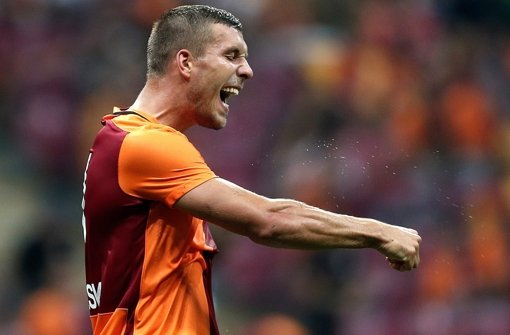 Uefa sperrt Podolski-Club Galatasaray aus
