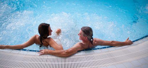 Entspannung durch integrierte Massagedüsen. Foto: Parkhotel Jordanbad Lerch GmbH