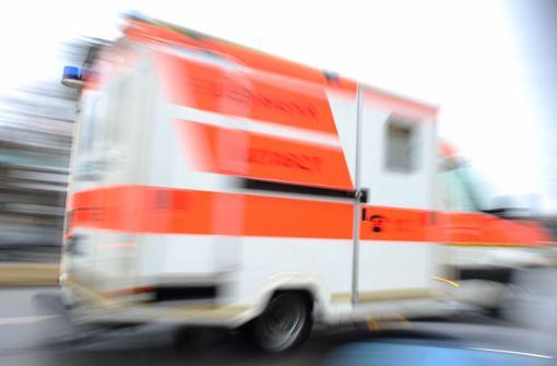 Rettungswagen im Einsatz verursacht Unfall