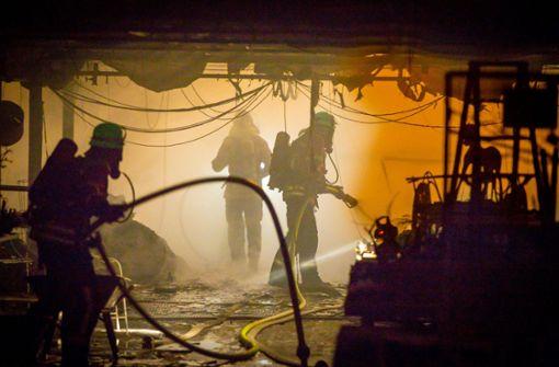 Polizei: Großbrand wurde gelegt