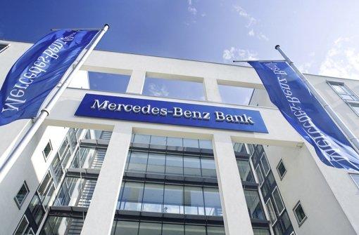 Banker werden für einen tag zu Handwerkern