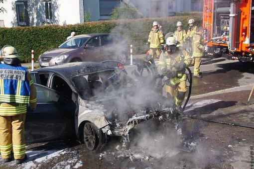 Auto gerät in Brand