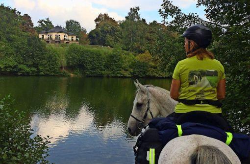 Unterwegs zu Pferd und auf Schusters Rappen