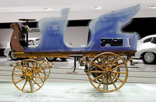 Ab 1. Februar 2014 erstmals im Stuttgarter Porsche-Museum ausgestellt: Der P1, die erste Konstruktion von Ferdinand Porsche aus dem Jahr 1898. Foto: Porsche AG