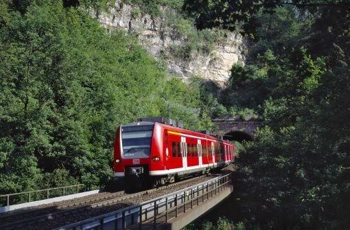 RegionalExpress zwischen Singen und Stuttgart Foto: DB AG/Georg Wagner