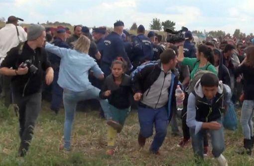 Kamerafrau nach Tritten gegen Flüchtlinge freigesprochen