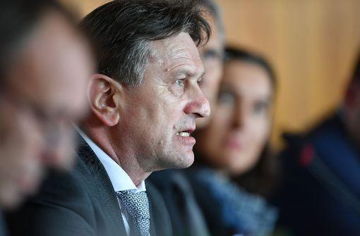 Integrationsminister Lucha kritisiert Aufwiegler