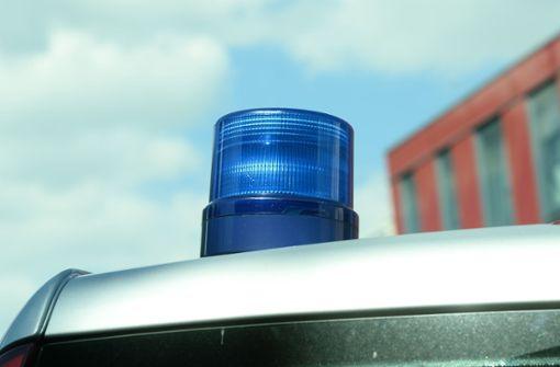 Lkw-Fahrer sturzbetrunken – vier  Lastwagen beschädigt