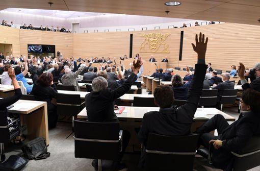 Abstimmung im Landtag in Stuttgart. Foto: dpa