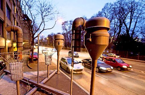 Die Feinstaub-Konzentration am Neckartor betrug am Mittwoch 140 Mikrogramm pro Kubikmeter Luft Foto: dpa