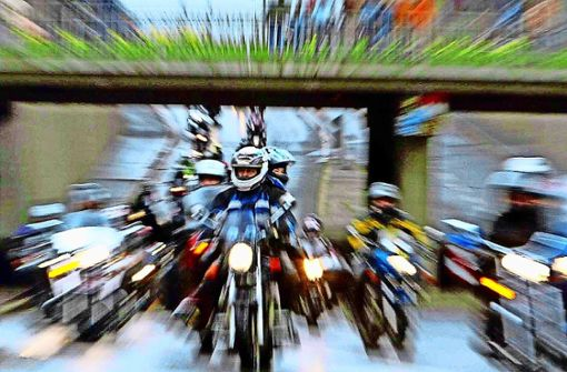 Zahlreiche schwere Motorradunfälle