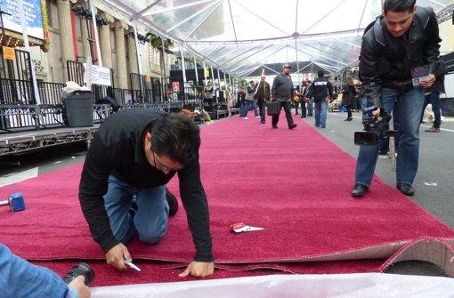 Warum ist der Teppich rot?