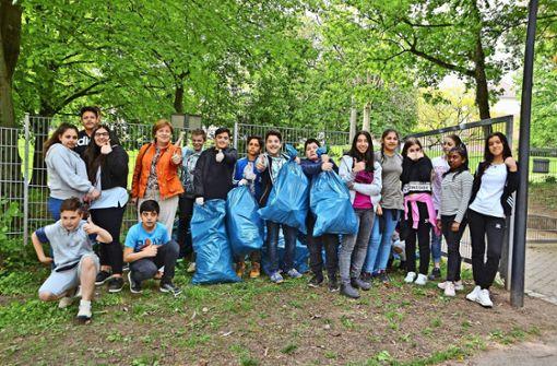 Schüler sammeln 30 Säcke Müll