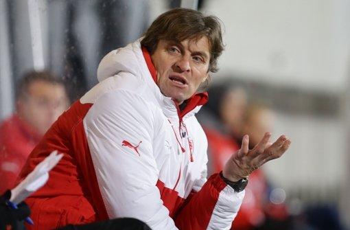 Walter Thomae, der Trainer des VfB Stuttgart II, blickt positiv auf das Duell mit Rot-Weiß Erfurt. Foto: Pressefoto Baumann