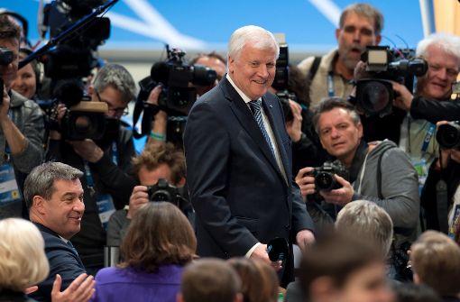 Seehofer als CSU-Vorsitzender wiedergewählt