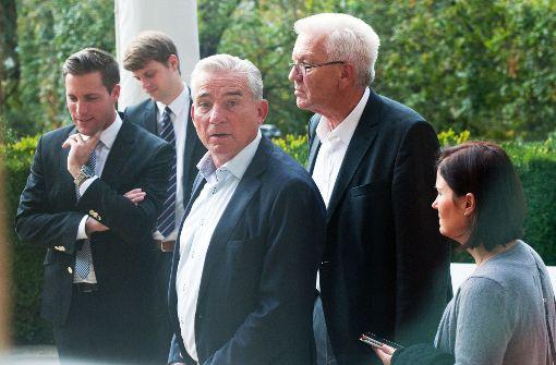 Schauderhaftes Spiel von Grünen und CDU