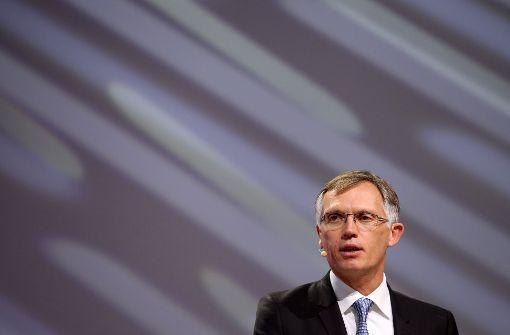 Merkel bekommt Garantien von PSA-Chef Tavares