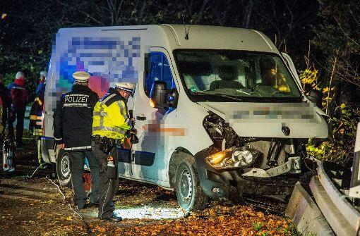 48-Jähriger stirbt bei Transporter-Unfall