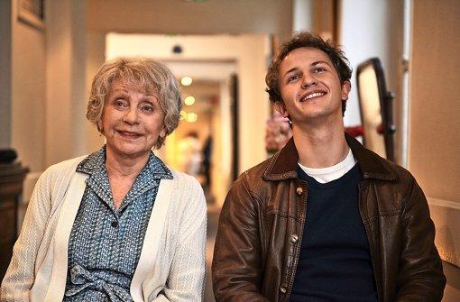 """Annie Cordy und Mathieu Spinosi in """" Zu Ende ist alles erst am Schluss""""  Foto: Verleih"""
