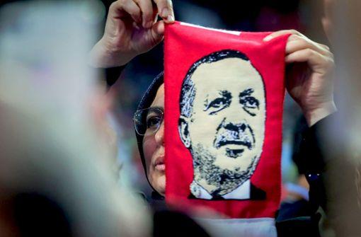 Erdogans Gastspiel  spaltet Bosnien