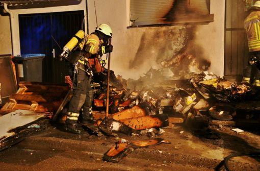 Die Feuerwehr musste zu einem Brand in Fellbach ausrücken. Foto: SDMG