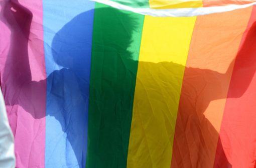 Schwulen Sexarbeiter interviewt – TV-Moderator muss in Haft