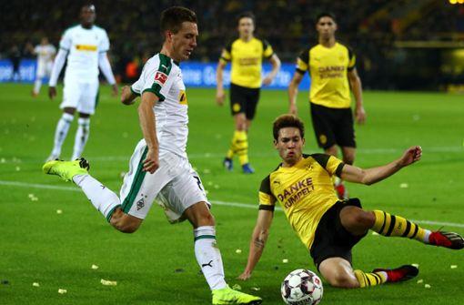 Patrick Herrmann (li.) stand beim 1:2 in Dortmund am letzten Spieltag der Vorrunde in der Gladbacher Startelf. Foto: