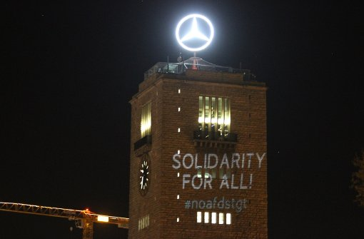 Mit dem Beamer gegen die AfD in Stuttgart
