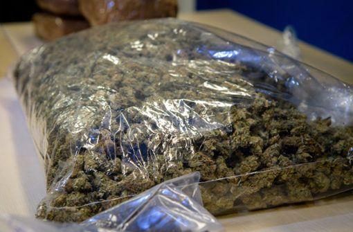 Senioren wollten Drogen zu Weihnachten verschenken