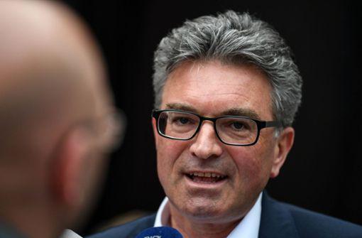 Grünen-Oberbürgermeister Salomon erhält Hilfe der CDU