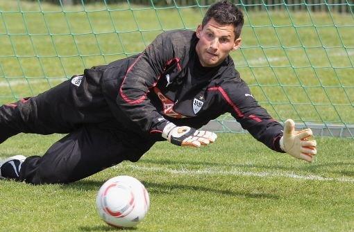 Torhüter Alexander Stolz darf beim VfB nur noch im Training Bälle halten. Foto: Baumann