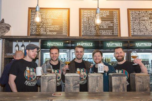 Wir haben uns im neuen Craft-Beer-Laden Kraftpaule umgesehen. Die folgenden Bilder entstanden bei der Eröffnung am 19. März 2016. Foto: www.7aktuell.de | Frank Herlinger