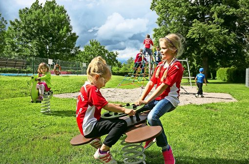 Ein neuer Spielplatz für das  Holzheimer Freibad