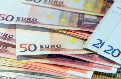 Kassen-Techniker verteilt Falschgeld