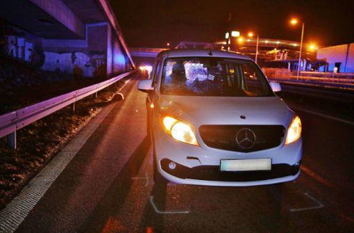 Der 26-jährige Mercedes-Fahrer fuhr auf der B10 in Richtung Innenstadt. Foto: 7aktuell.de/ Lermer