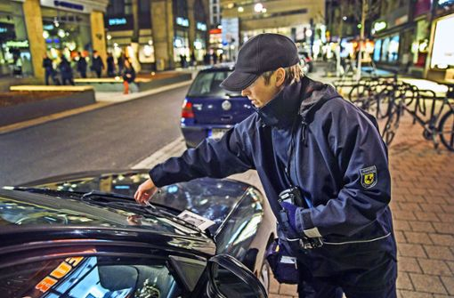 Krallen  und  Hilfssheriffs gegen Verkehrssünder?