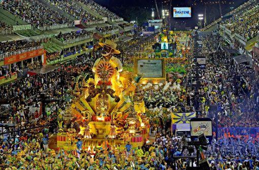 Millionen feiern buntes Samba-Spektakel