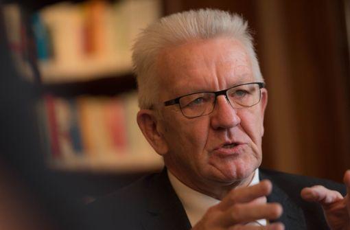 Winfried Kretschmann lobt Großeinsatz der Polizei