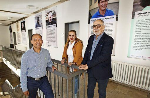 Rathaus gibt  13 Migrationsgeschichten Raum
